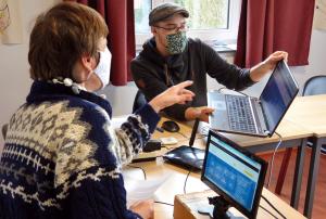 L'informaticien public, une aide personnalisée pour l'usage de l'outil numérique.